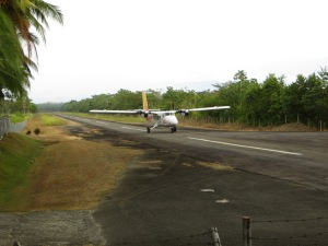 A Nature Air flight landing in Quepos.